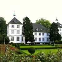 Gutshaus mit Schloss in der Nähe von Hamburg